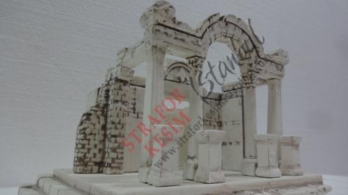 3 Boyutlu Strafor Kesim Tapınak